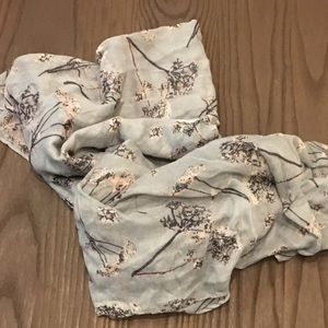 Accessories - NEW Scarves Under $25